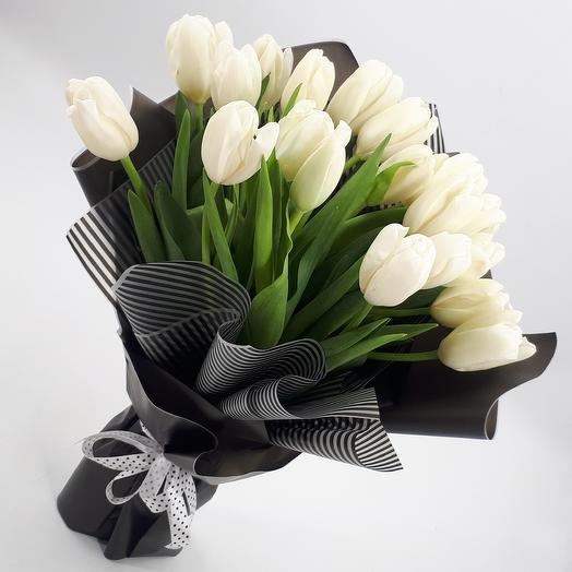 Черно-белое кино: 19 тюльпанов