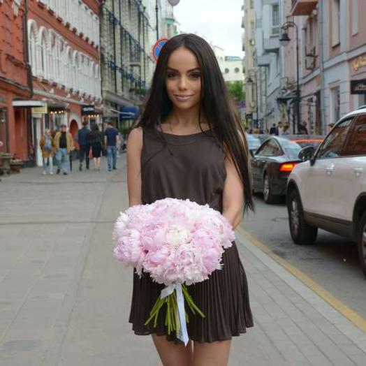 """Букет из 21 пионов """"Sarah Bernhardt"""": букеты цветов на заказ Flowwow"""