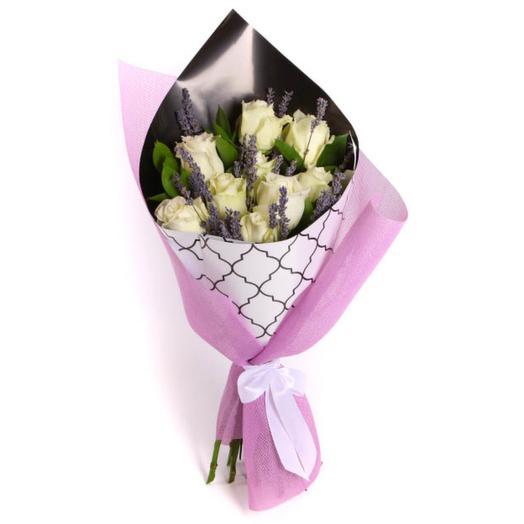 Через вселенную: букеты цветов на заказ Flowwow