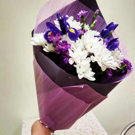 Яркий ирис: букеты цветов на заказ Flowwow