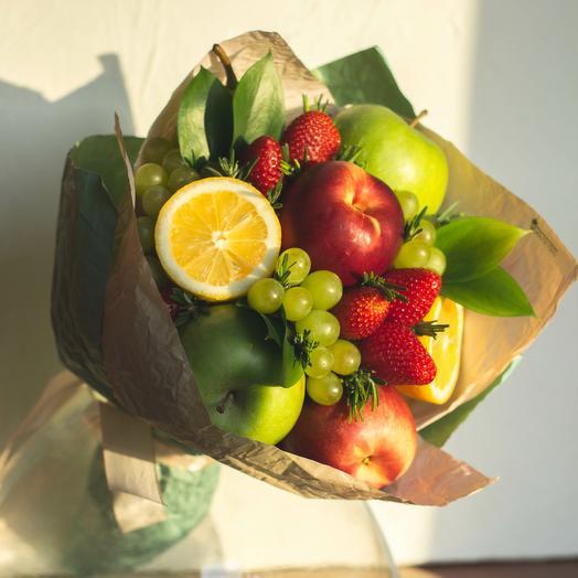"""Букет из фруктов """"Солнечный"""": букеты цветов на заказ Flowwow"""