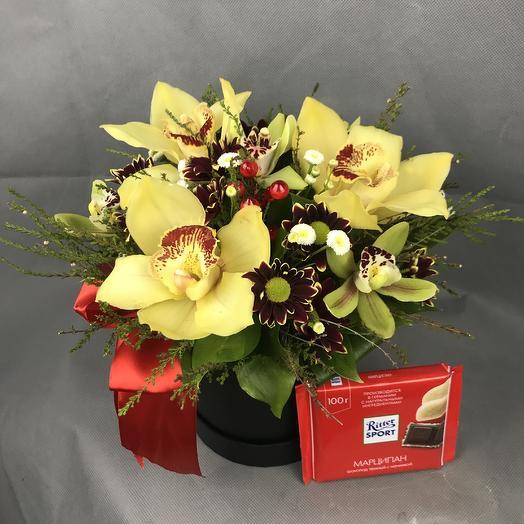 Орхидеи в коробке: букеты цветов на заказ Flowwow