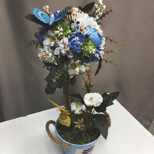 Топиарий из искусственных цветов