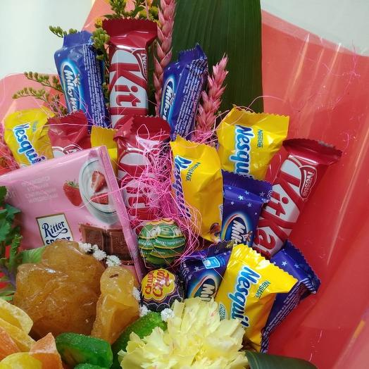 Букет из конфет и сухофруктов