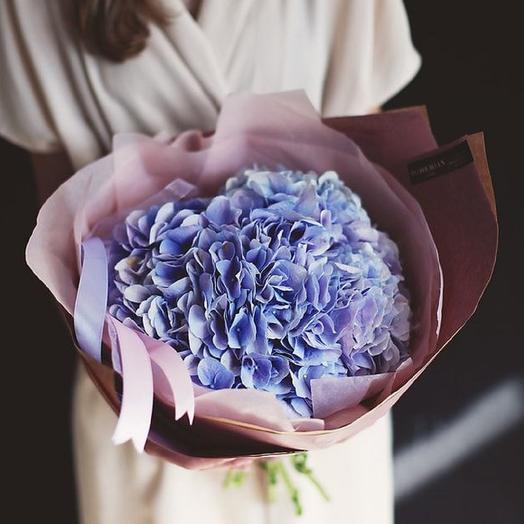 Букет из светло-сиреневой гортензии: букеты цветов на заказ Flowwow