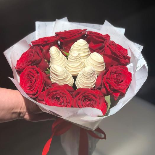 Bouquet of Roses and Strawberries in Chocolate Xs