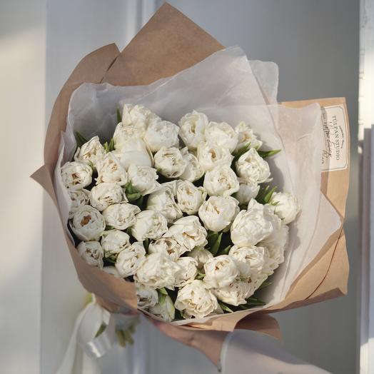 Белый пионовидный тюльпан Mondial (51 шт)