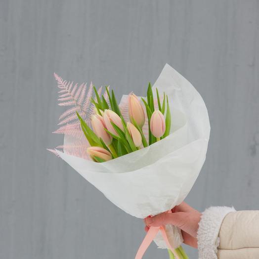 """Мини-букет """"Тюльпаны и папоротник"""""""