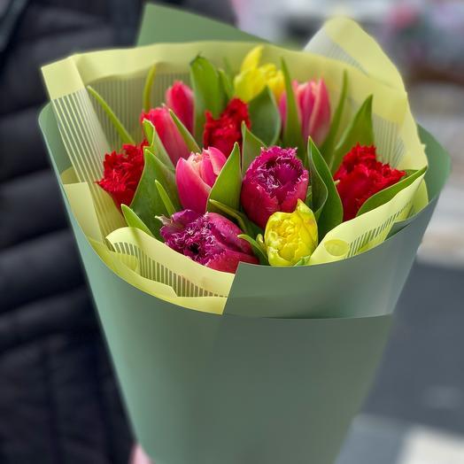Bouquet of 11 tulips MiX varieties