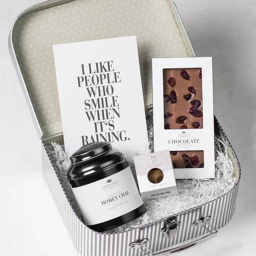 Подарочный набор: Чай, шоколад, чайное ситечко, открытка Tafelgut