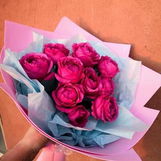 Три Сортовые пионовидные кустовые розы