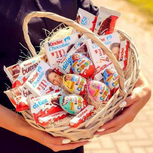 Корзинка сладостей