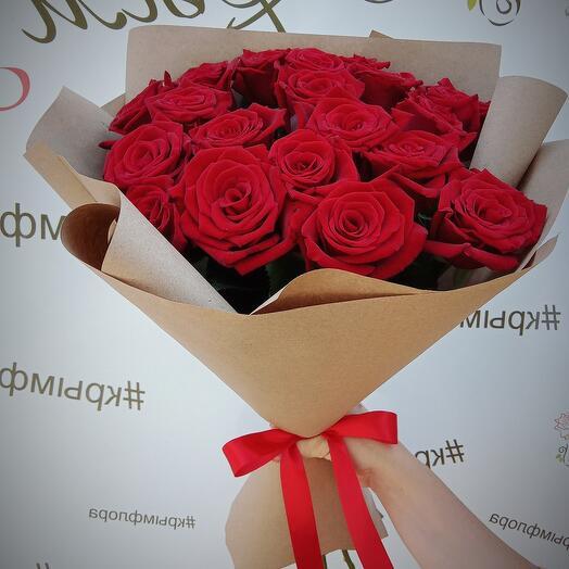 """Букет """"19 красных роз"""""""