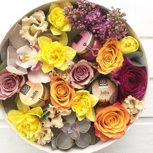 Цветосочетание : букеты цветов на заказ Flowwow