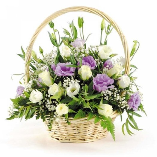 Корзинка Лизиантусы: букеты цветов на заказ Flowwow