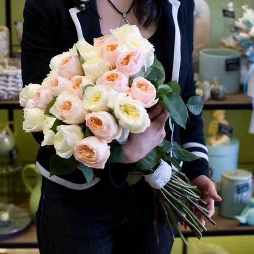 """Букет из пионовидных роз """"Дженифер"""""""