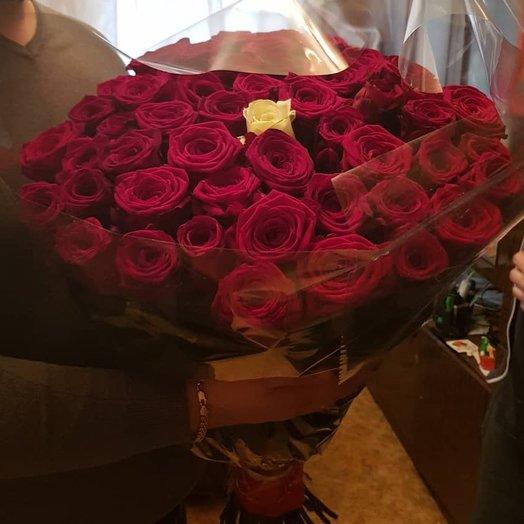 Элитная роза Эквадор 80см: букеты цветов на заказ Flowwow