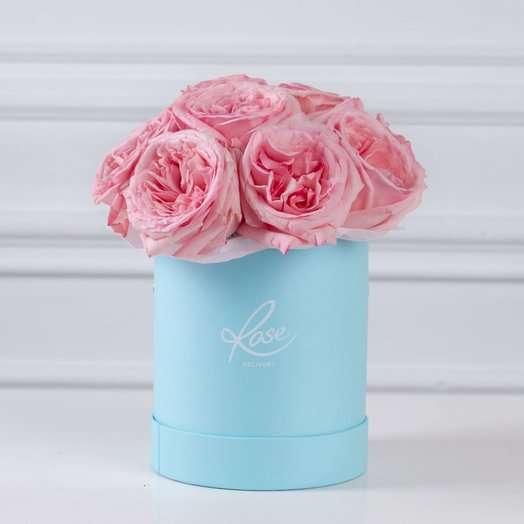 Шляпная коробка пионовидных роз: букеты цветов на заказ Flowwow