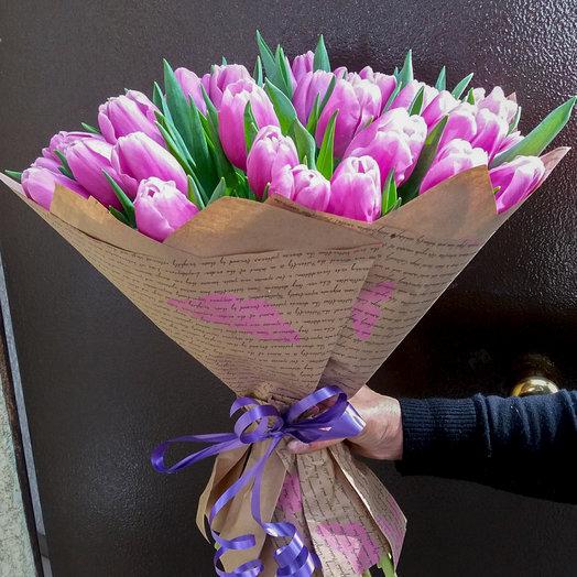 Букет из 35-ти тюльпанов: букеты цветов на заказ Flowwow