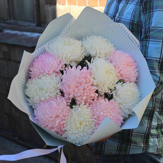 фото букеты из крупной хризантемы белый мягкий песок