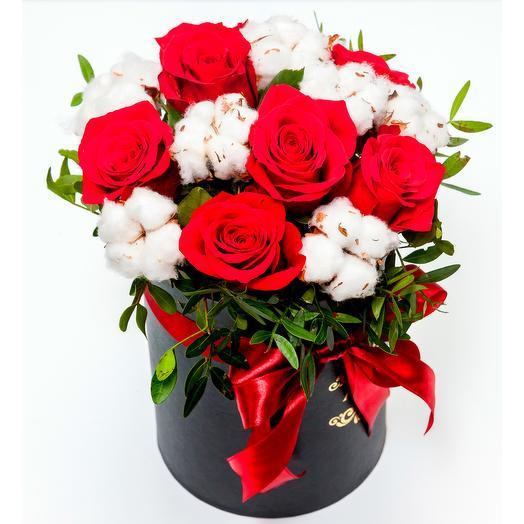 Коробка Рябина на снегу: букеты цветов на заказ Flowwow