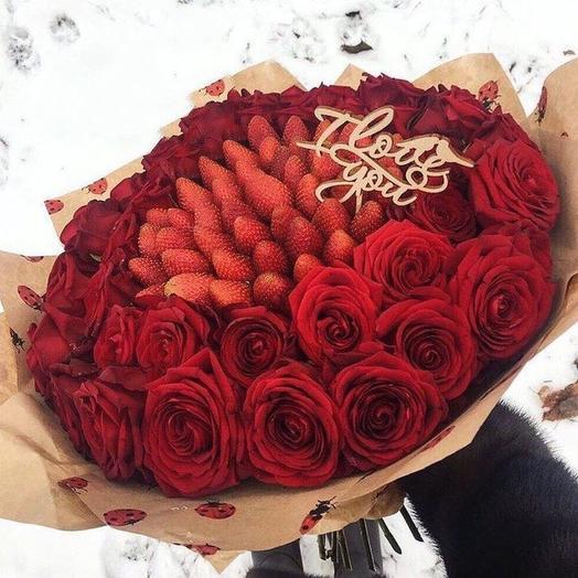 Клубничный букет «Любовь»