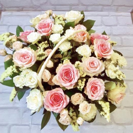 Корзинка «Розовое поле»: букеты цветов на заказ Flowwow