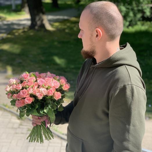 Букет из 19 Пионовидных розы бомбастик