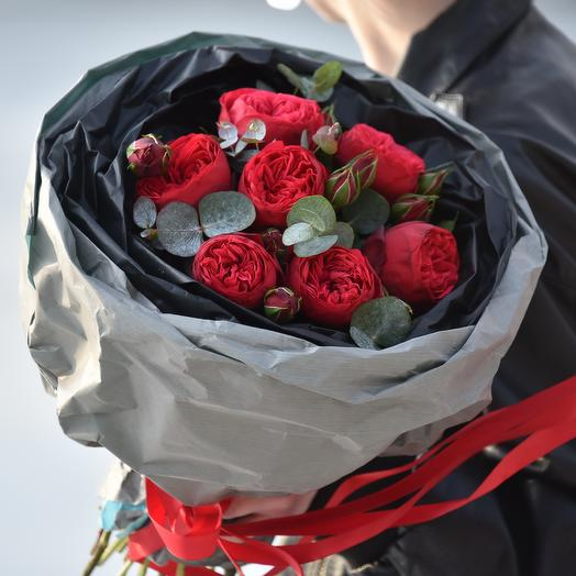 "Букет из роз ""Ред Пиано"": букеты цветов на заказ Flowwow"