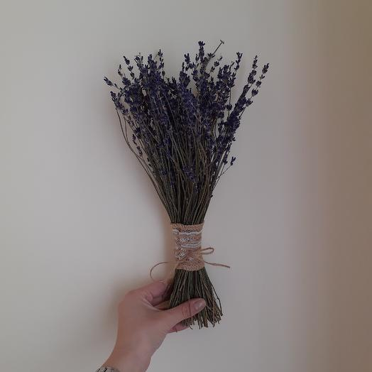 Лаванда пучок: букеты цветов на заказ Flowwow