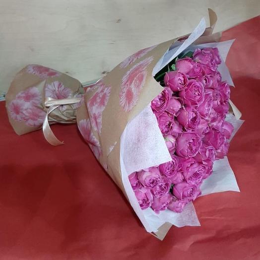 Букет из Пионовидная роза мисти баблз