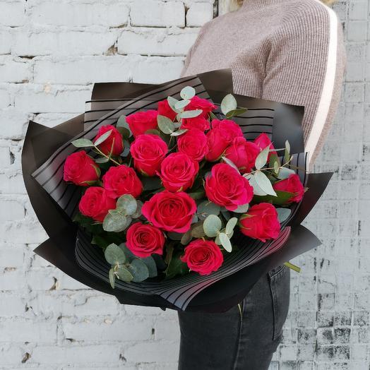 """Букет с розами """"Сочная ягода"""""""