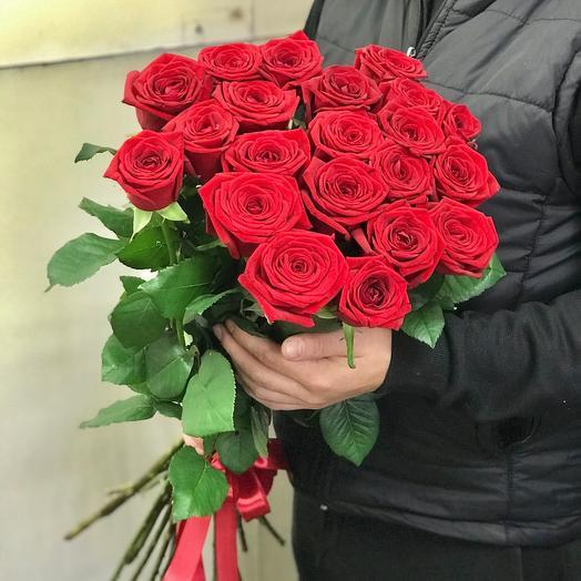 Букет красных роз 70 см