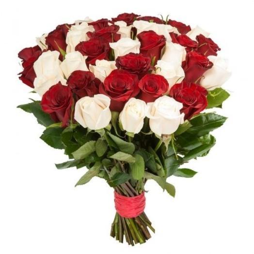 Букет из белой и красной эквадорской розы