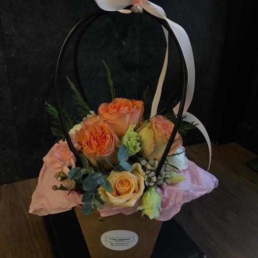 Маленькая цветочная композиция
