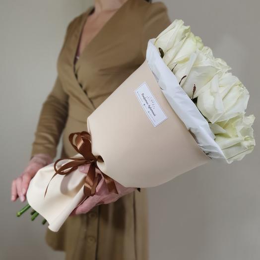 Букет  Капучино  из белых роз Аваланж