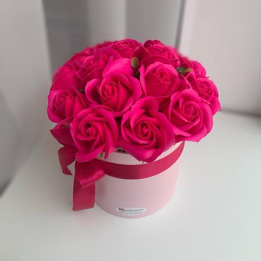 Коробочка мыльных малиновых роз для декора