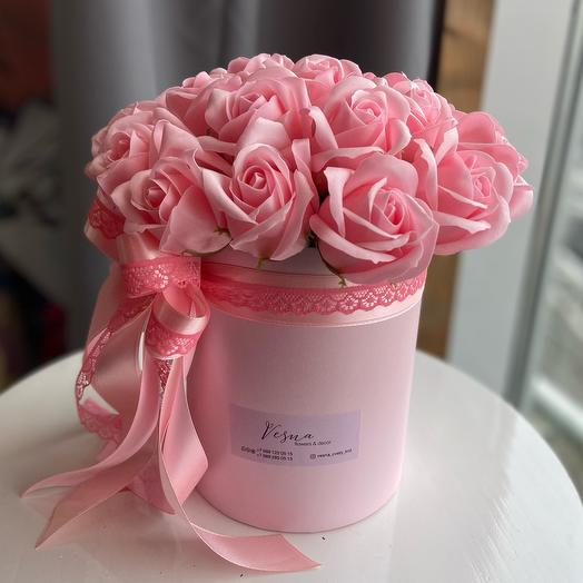 25 мыльных роз в стильной коробочке