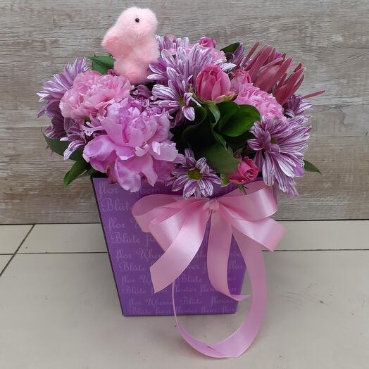 Цветы в коробке.Пасхальная композиция