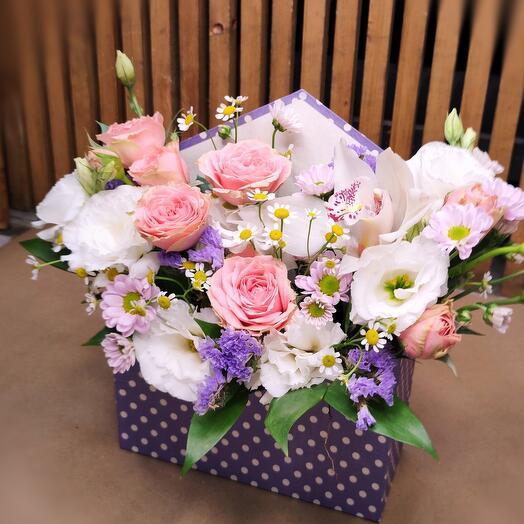 """Цветы в коробке """"Неожиданность"""""""
