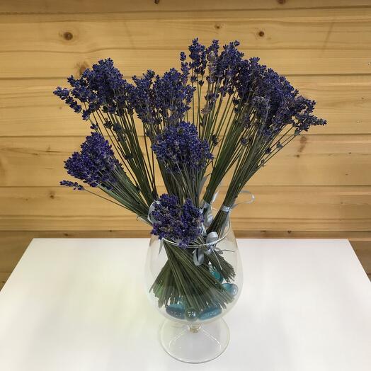 Лаванда в вазе