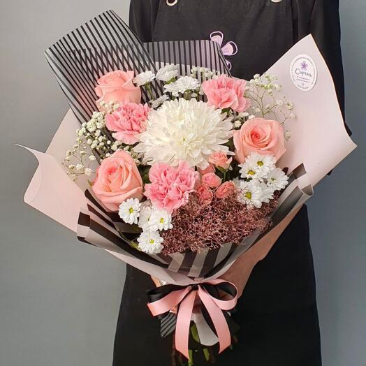 Букет Диантуса, Роз и Хризантем