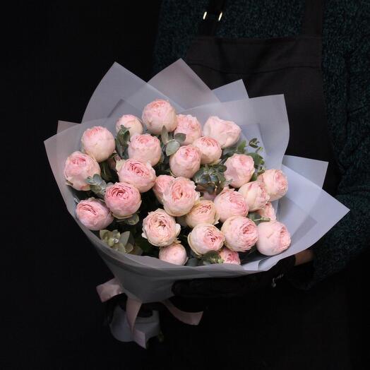 Пионовидные розы Mansfield Park + эвкалипт