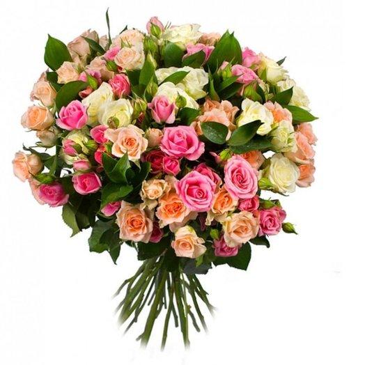 25 кустовых роз: букеты цветов на заказ Flowwow