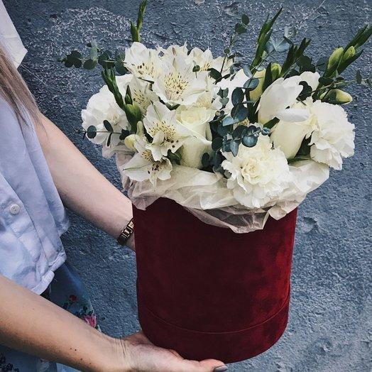 """Коробочка """" Красное и белое"""": букеты цветов на заказ Flowwow"""