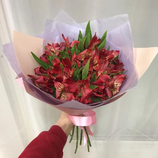 Букет из 11 красных альстромерий: букеты цветов на заказ Flowwow
