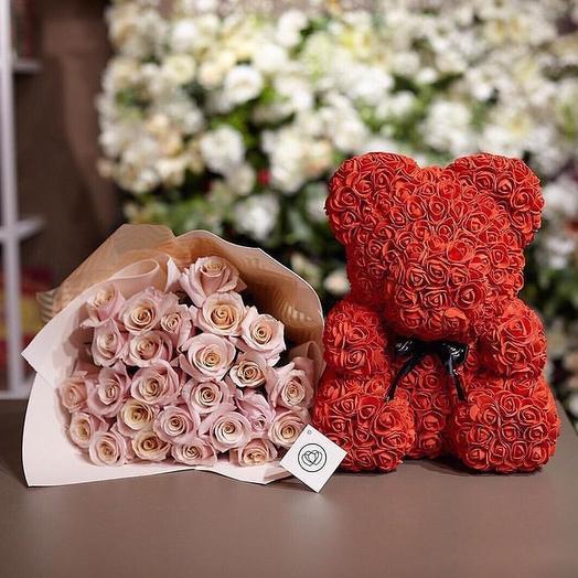 Медведь из роз и Розы: букеты цветов на заказ Flowwow