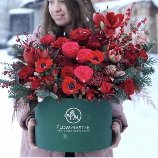 Шикарная композиция в коробке: букеты цветов на заказ Flowwow