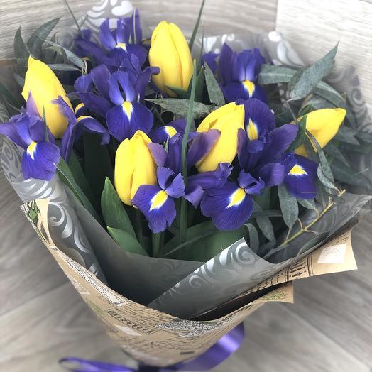 11 ирисов и тюльпанов: букеты цветов на заказ Flowwow