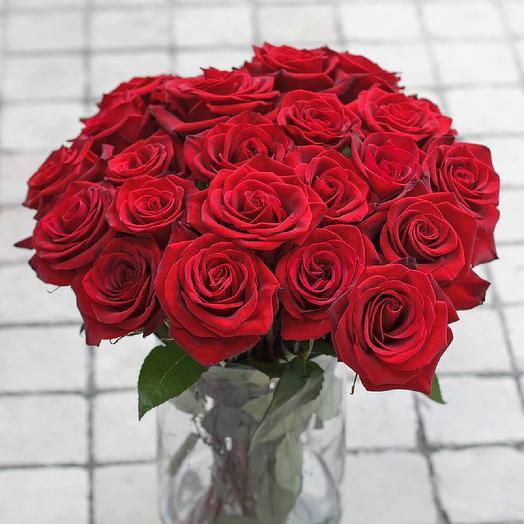 25 красных розы на День Матери: букеты цветов на заказ Flowwow